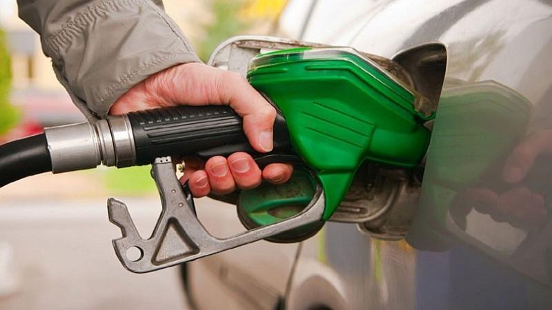 फेरि बढ्यो पेट्रोलको मूल्य