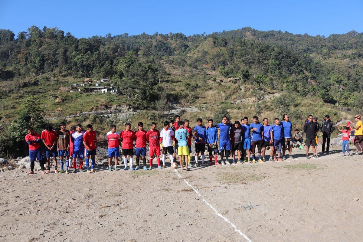 नौथर लम्जुङमा मैत्रीपूर्ण फुटबल सम्म्पन्न